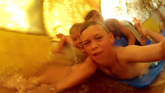 Waterslide Kids 1